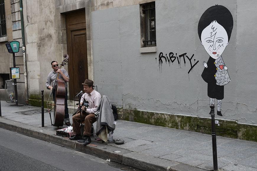 www.oooyeah.de_OUT_OF_OFFICE_Paris_strassenmusik