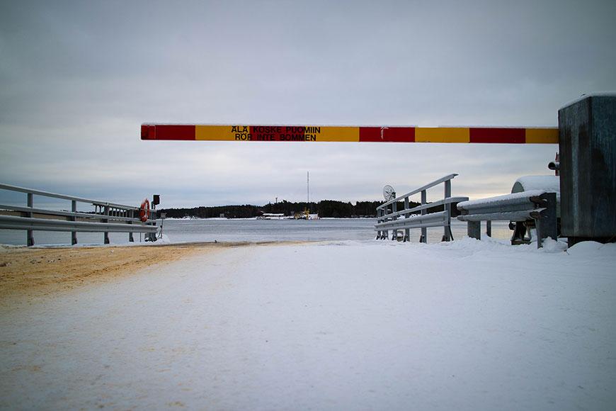 www.oooyeah.de_Finnland_Archipelago_Schranke