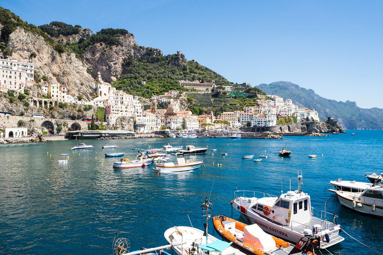 Italia-Sorrento-Amalfi-Yachthafen-www.oooyeah.de
