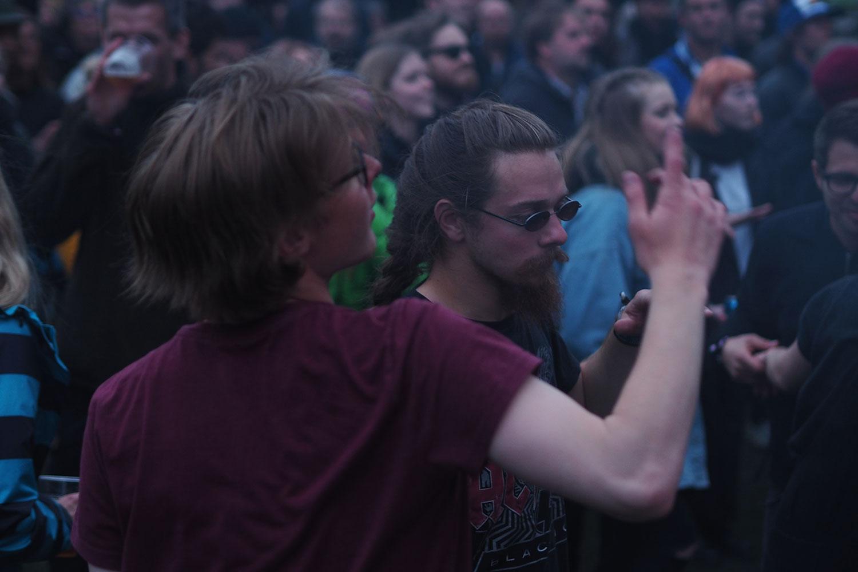 G_Festival_FaroeIslands_Crowed_tanzen_www.oooyeah.de
