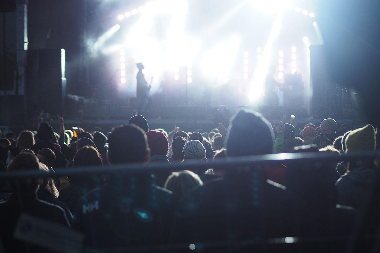 G_Festival_FaroeIslands_Stage_Gegenlicht_www.oooyeah.de